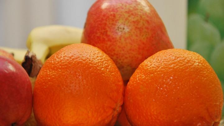 Из-за плесени и отсутствия маркировки Роспотребнадзор Поморья забраковал почти 4 тонны овощей и фруктов