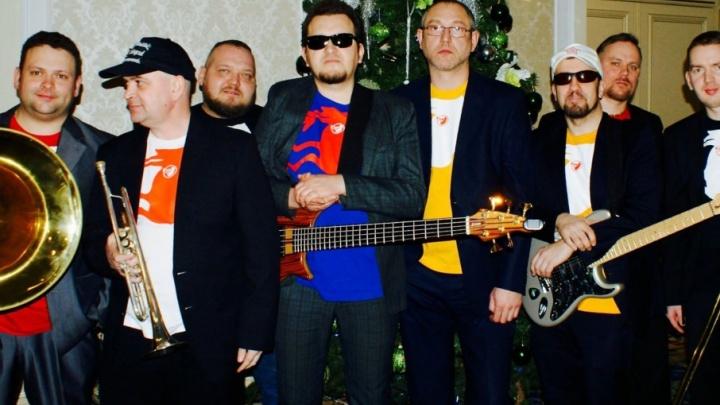 «Чу́дно и чудно́»: «Мамульки BEND» записали фрик-альбом к новогоднему застолью