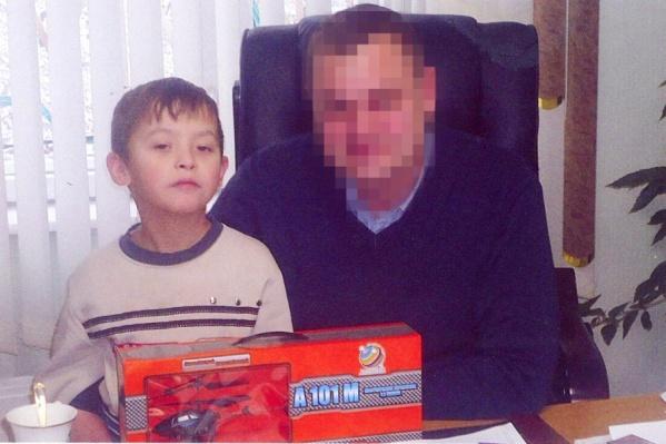 Маленький Владимир Фрицлер вместе с родным дядей Александром