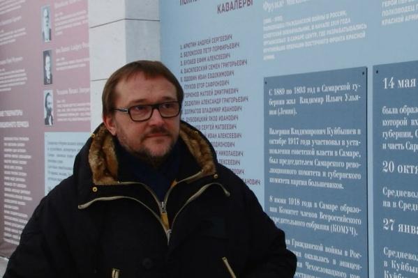 Дмитрий Орлов надеется, что стену все-таки не будут делать ниже
