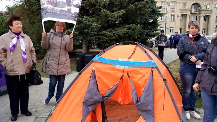 Власти Волжского предложили дольщикам «АхтубаСитиПарк» раскошелиться