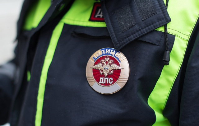 В Тольятти инспекторы ДПС задержали мигранта с поддельными правами