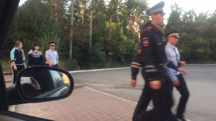 «Их огромное количество»: полицейские прочёсывают бор в поисках пропавшего коллеги