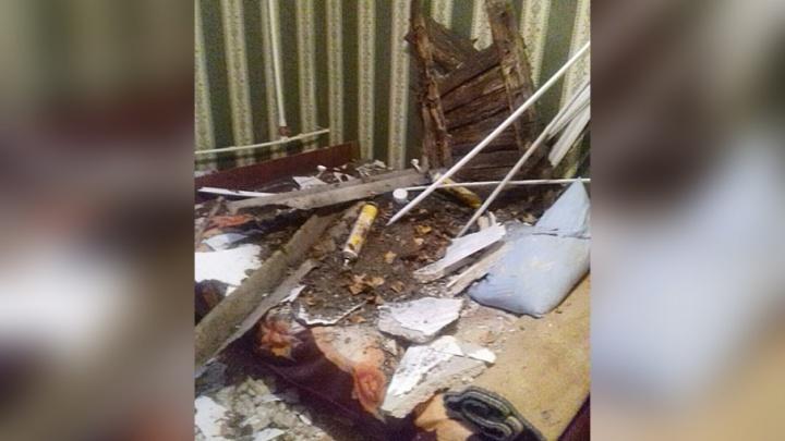 Жизнь дороже: в аварийном доме на Южном проезде обвалилась крыша