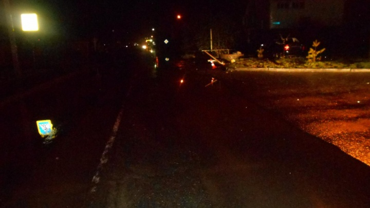 Пьяная тюменка на Lexus въехала в стоящую Lada Kalina: пострадал ребенок