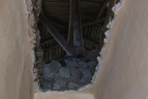 Потолок над квартирой обрушился за считанные секунды