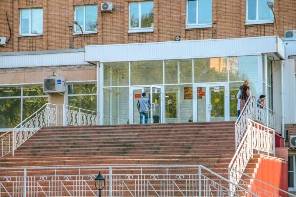Диализный центр  переходом соединят с главным корпусом больницы Середавина