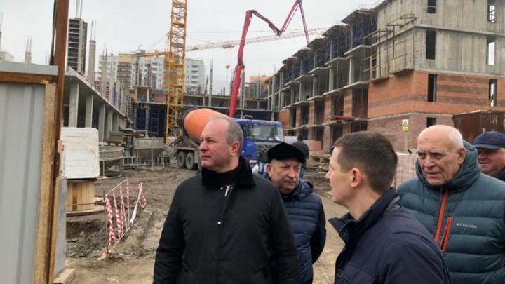 Опережая сроки: школу на Суворовском построят раньше, чем обещали