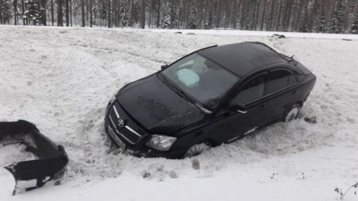Под Вельском столкнулись «Тойота» и грузовик