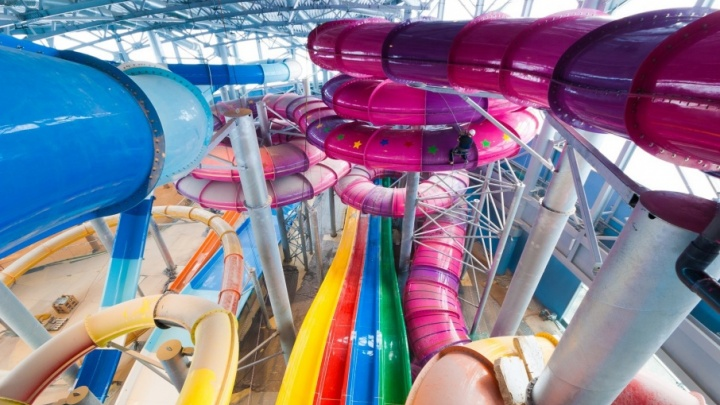 «Лучше на море съездить»: тюменцы посчитали цены на аквапарк «ЛетоЛето» завышенными