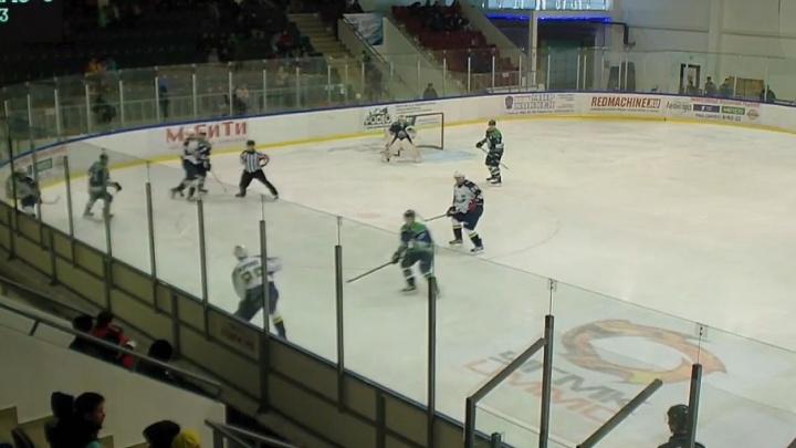 Хоккейный клуб «Горняк» разгромил самарский ЦСК ВВС