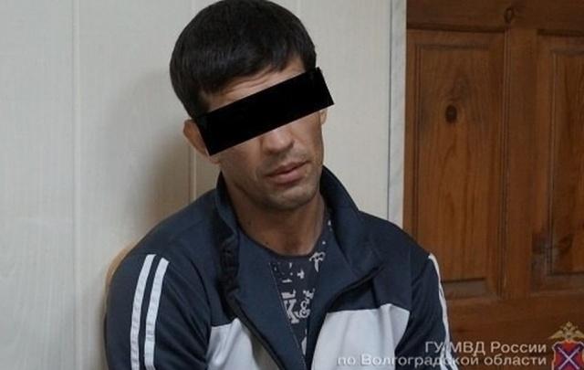 В Волгограде подозреваемого в убийстве 15-летней школьницы судят в закрытом режиме