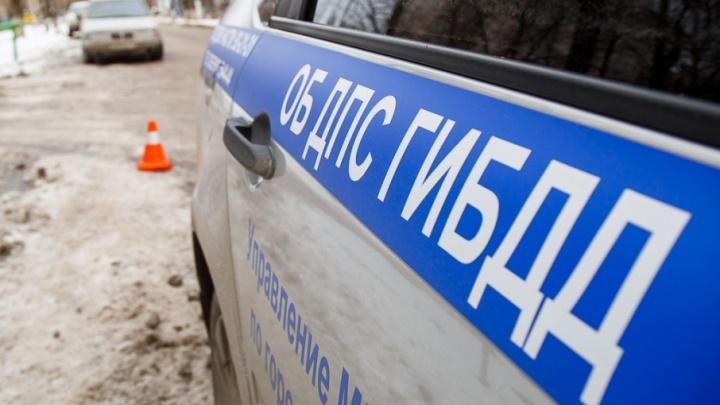 В Волгограде на конечной маршрутки сбили пешехода