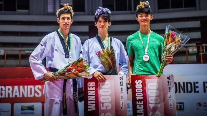 Донской тхэквондист Алексей Денисенко выиграл серебро и три тысячи долларов