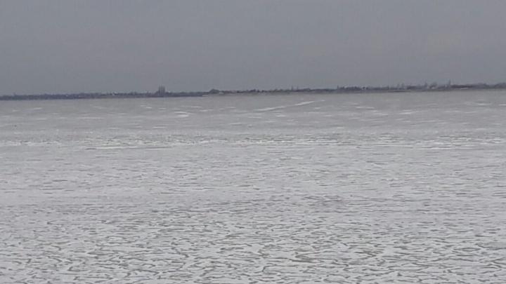 В Волгоградской области после ночных морозов встала Волга