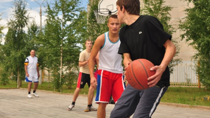 В селе Ломоносово появится новая универсальная спортплощадка