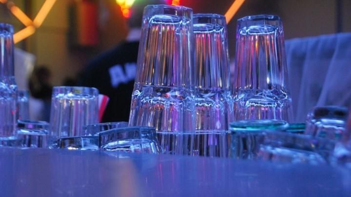 Пожилые мужчины Поморья чаще всего травятся, решив напиться