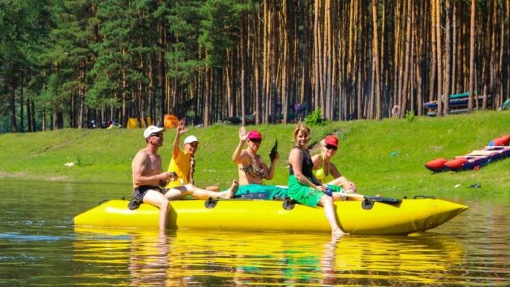 Хоть на сплав, хоть в горы: как активно провести лето вместо пляжного безделья