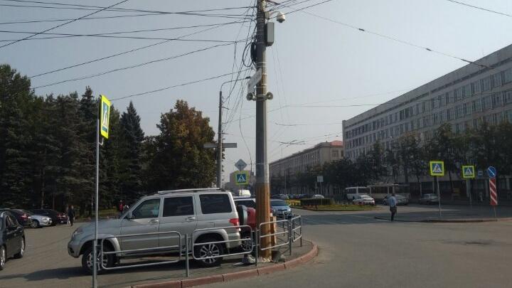 «Чуть уши не отвалились»: челябинцы оглохли от громкоговорителя в центре города