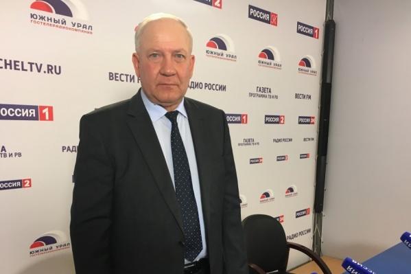 Олег Климов оказался лицом к лицу с возмущением челябинцев, которое транслировали журналисты