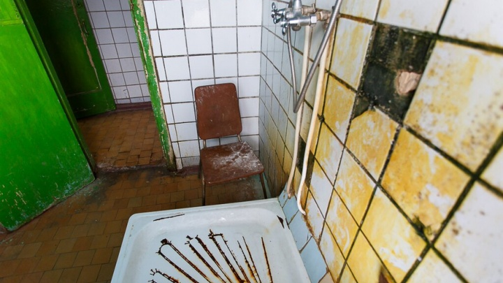 Жителям нескольких районов Волгограда отключат горячую воду