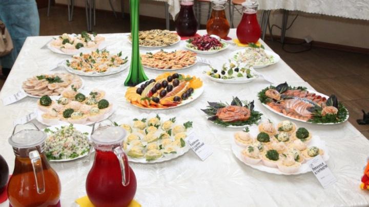 Мусульманские, кошерные, диетические или вегетарианские: челябинским школьникам предложат блюда на выбор