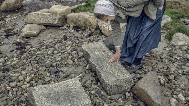 Архангельский фотограф привлек внимание общественности к тайне соловецких камней с письменами