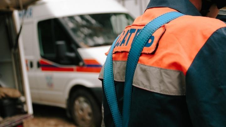 В Сызрани спасатели помогли семье открыть комнату с маленьким ребенком
