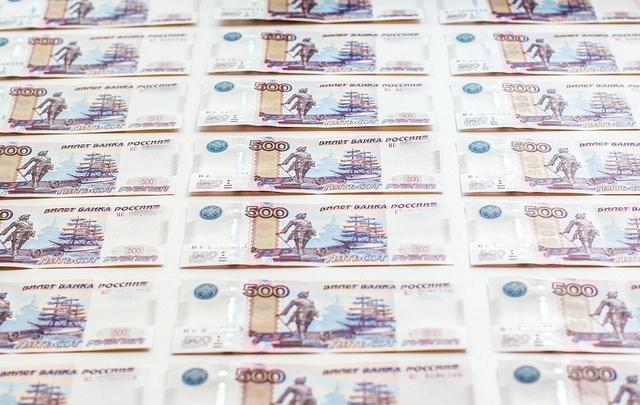 Жители Самарской области стали брать большие кредиты на покупку товаров