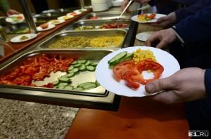 Мы решили рассказать о столовых, в которых питаются уральские чиновники