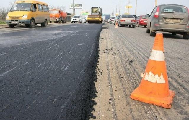 В Волгограде подрядчик снова устраняет дефекты на улице Неждановой