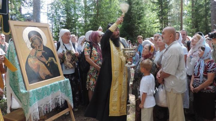 В Холмогорском районе паломники пройдут крестным ходом 11 километров