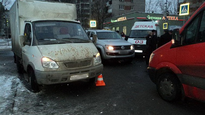 В Архангельске в ДТП с «Газелью» пострадала 11-летняя школьница