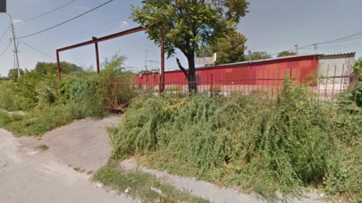 Ростовчане просят построить на месте заброшенного рынка в Железнодорожном районе парк