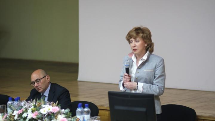 Архангельская область лидирует в СЗФО по количеству смертей от рака легких