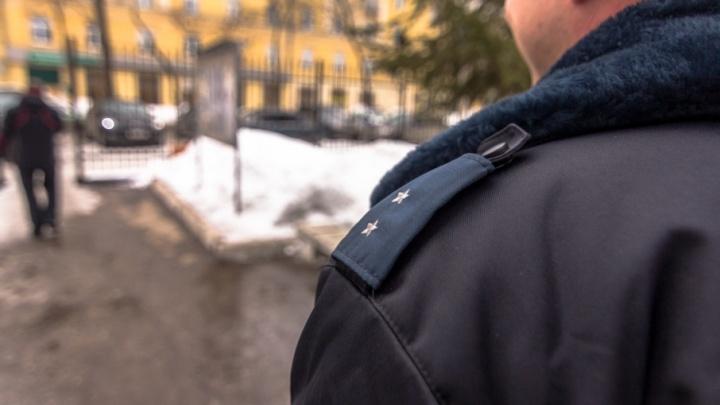 Угрожала пистолетом: в Самаре женщину задержали за разбойное нападение на магазин