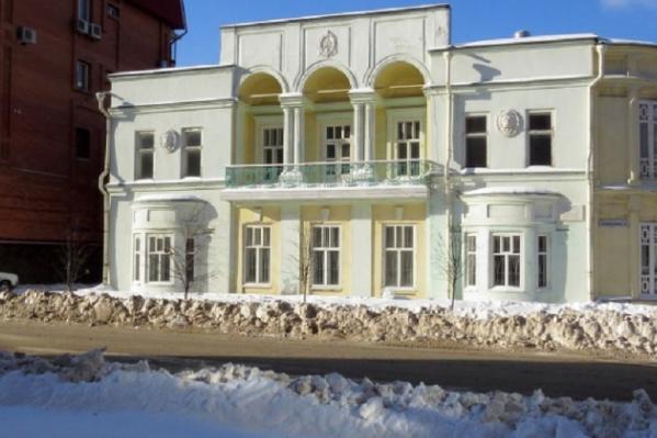 Новый владелец должен спасти здание от разрушения