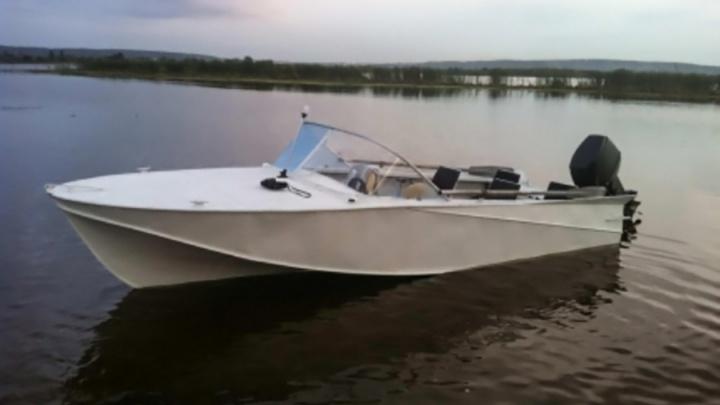 Число погибших устанавливается: на южноуральском озере затонула лодка с людьми