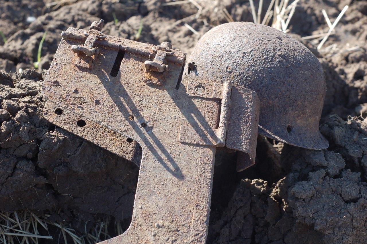Немецкое приспособление для стрельбы из закрытых позиций, с его помощью можно вести огонь из окопа, не поднимая головы