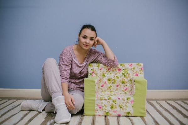 За два месяца со старта проекта Юлия продала 15 кресел