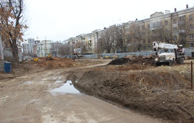 Строить дорогу на Ново-Садовой, от Полевой до Первомайской, начнут только в сентябре