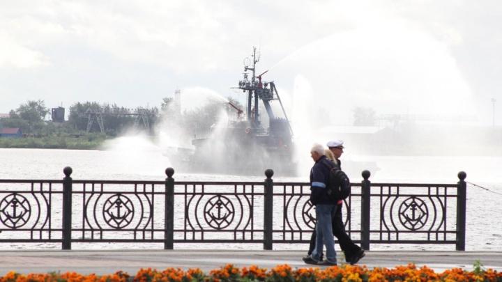 Архангельск попал в топ-10 городов, куда туристы едут отмечать День ВМФ