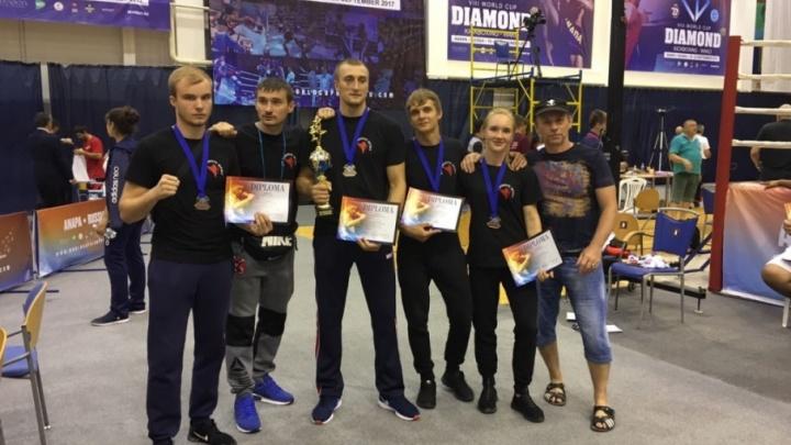 Ростовский коммунальщик стал чемпионом по кикбоксингу