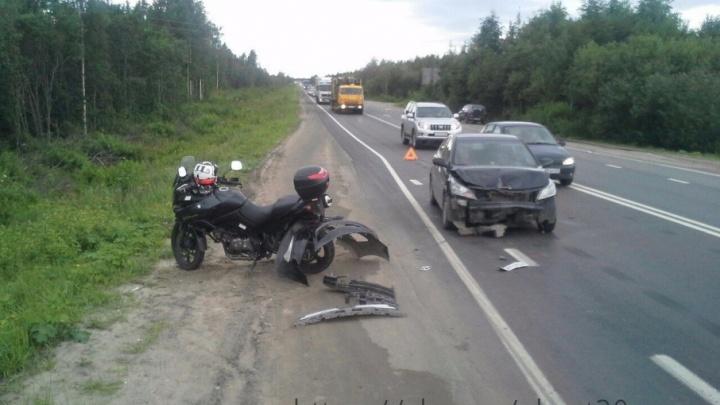 В ДТП на Окружном шоссе мотоциклист сломал руку