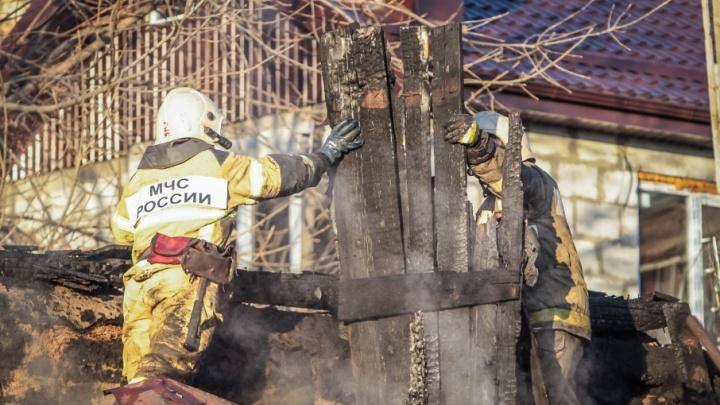 Пожар в Миллеровском районе унес жизнь 30-летней женщины и ее маленькой дочери