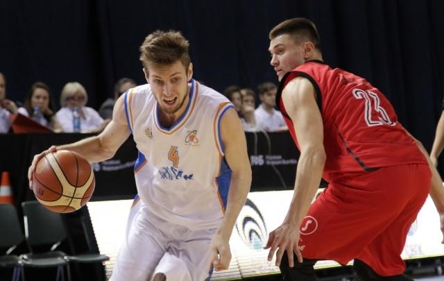 Баскетбольная «Самара» в плей-офф проиграла соперникам из Владивостока