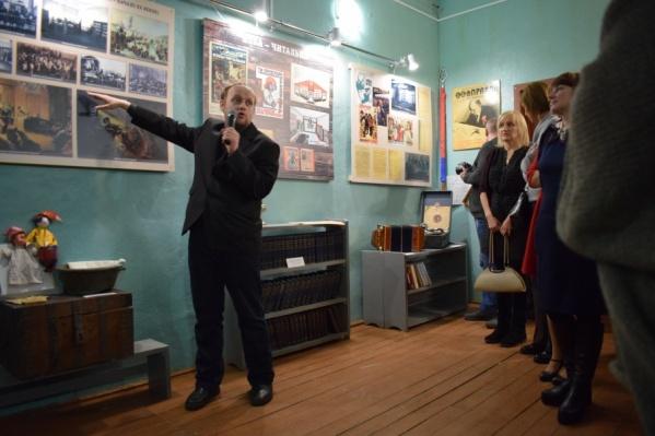 По небольшой экспозиции, которая готова, на Княжеострове уже проводят экскурсии