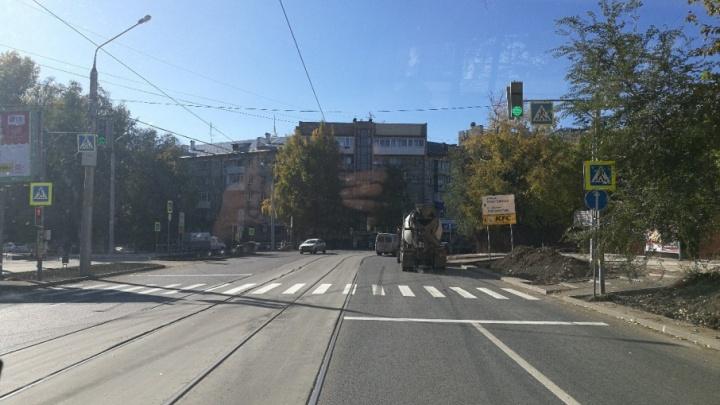 В Самаре около торгового центра «Гудок» установили светофор