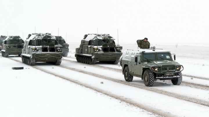 В Волгограде 75 боевых машин подготовились к 75-летию победы под Сталинградом
