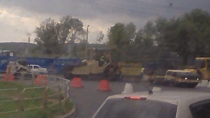 На въезде в Челябинск автомобилисты встали в пробку